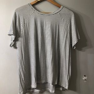 American Eagle white and black striped tee